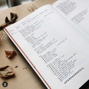 A collection of goal-setting & bucket list spreads from creative journals around Instagram. More inspiration at lifebywhitney.com.