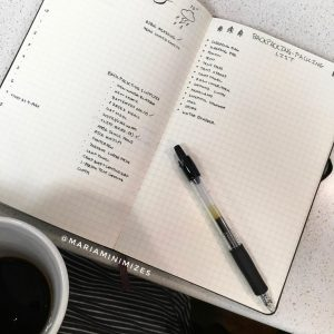 Fun ways to track your hobbies in your journal. Find more inspiration at lifebywhitney.com!