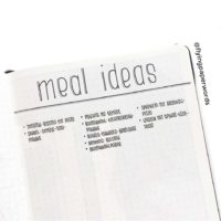 Jot down your favorite meal ideas in your journal like @flyingpaperwords. Check out 50+ meal planning, grocery shopping, meal tracking, meal ideas, food doodling, booze tracking, menu planning, and more at lifebywhitney.com.